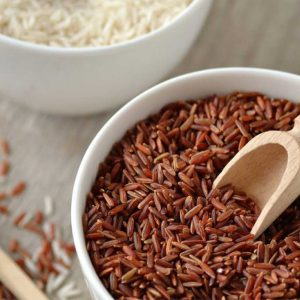 برنج قهوهای نسبت به برنج سفید از پرخوری جلوگیری میکند