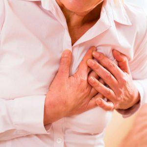 چگونه حمله قلبی را کنترل کنیم؟