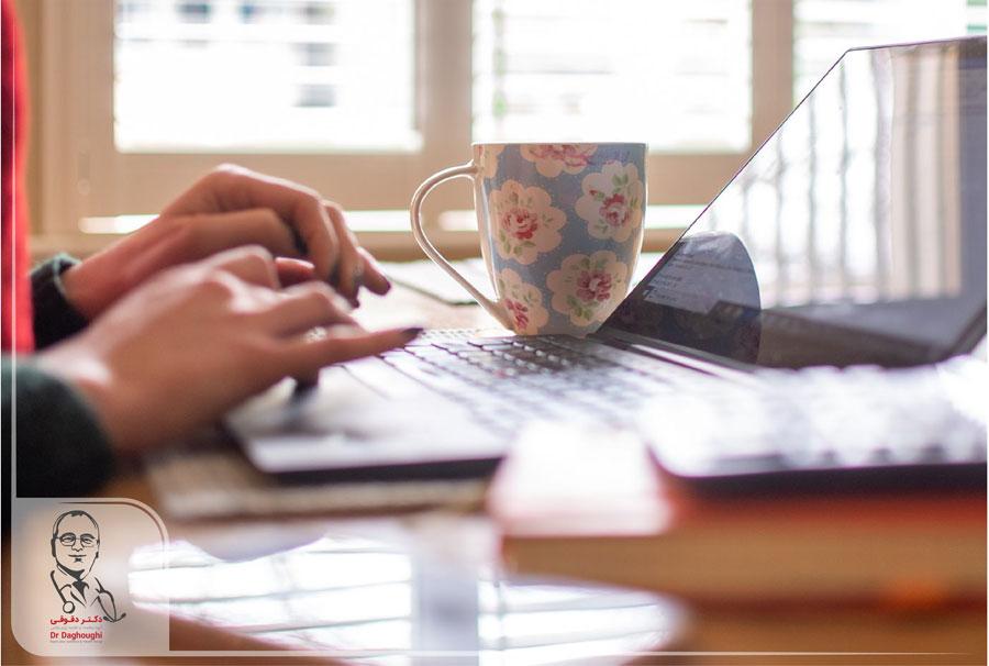 جلوگیری از اضافه وزن هنگام کار در منزل