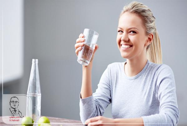 نوشیدن آب در رژیم غذایی
