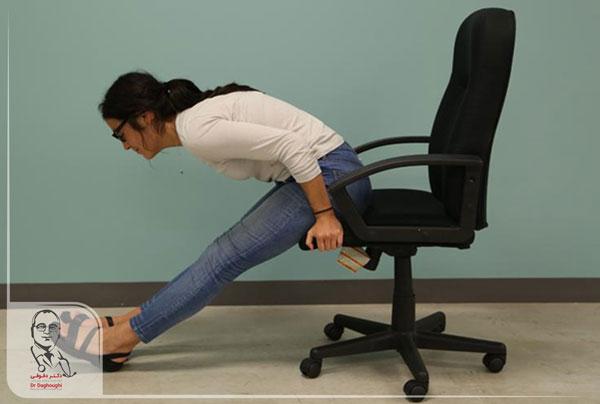 کشش پاها در محل کار